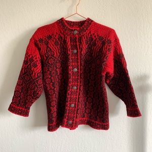 Classic gorgeous Dale of Norway button cardigan